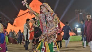 Live Garba Gandhinagar Cultural Forum Navli Navratri 2018: Day7- Raag Mehta Nayna Sharma
