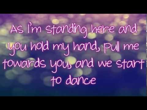 Fallin' For You   Colbie Caillat Lyrics)