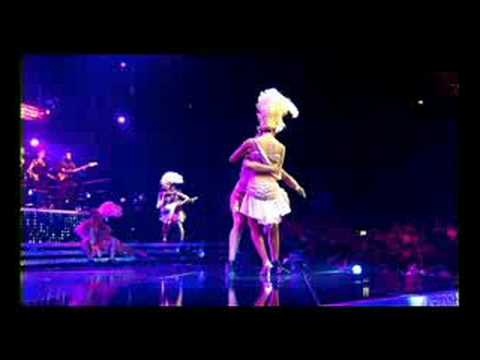 Kylie Minogue - Chocolate (live)