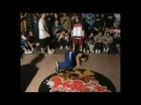 KOLOBOK & MENNO vs PREDATORZ vs MAFIA 13 (MAYA 2009 FINAL) WWW.BBOYWORLD.COM Video