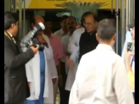Arun Jaitley Visits Ailing Lalu Prasad Yadav In Hospital