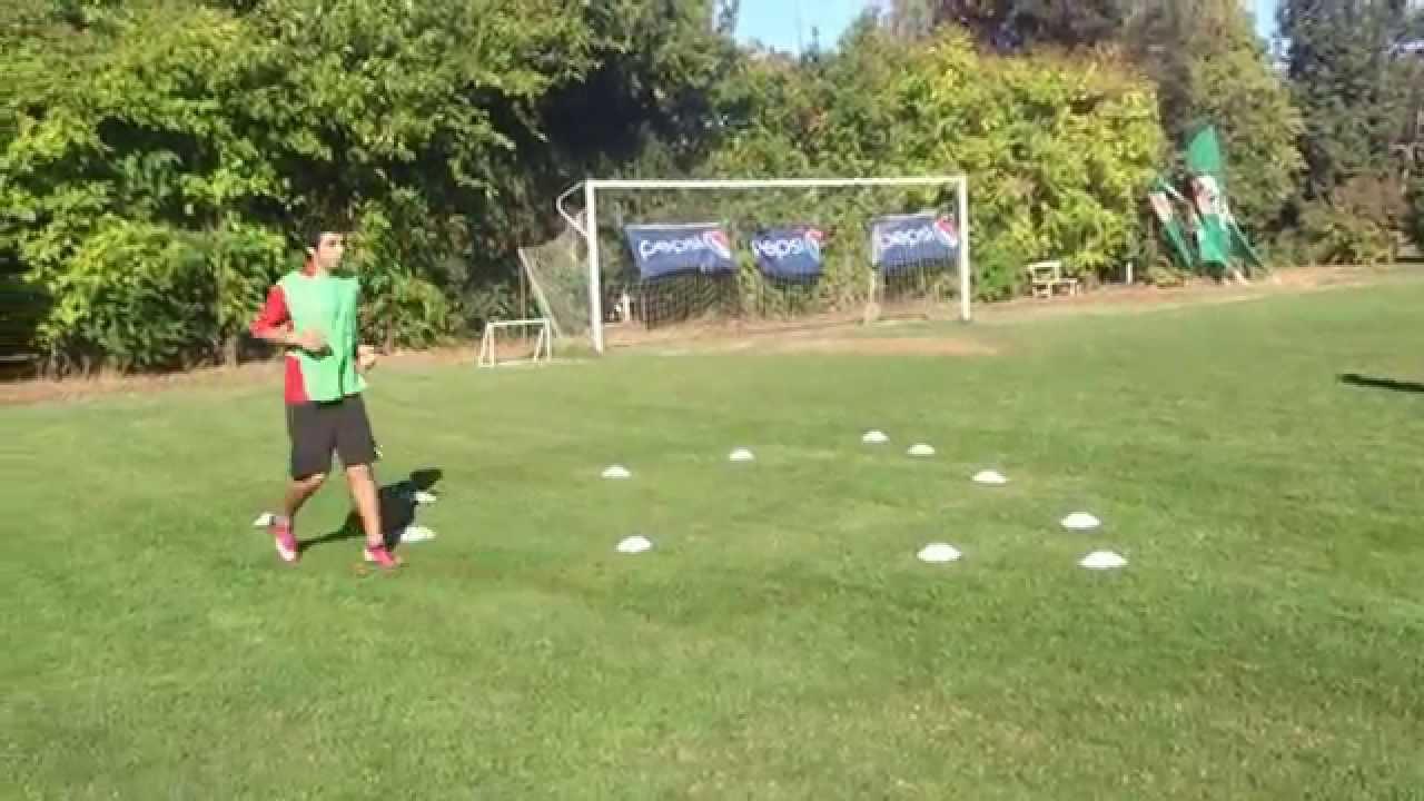 Circuito Fisico Tecnico Futbol : Entrenamiento futbol juvenil circuito físico técnico