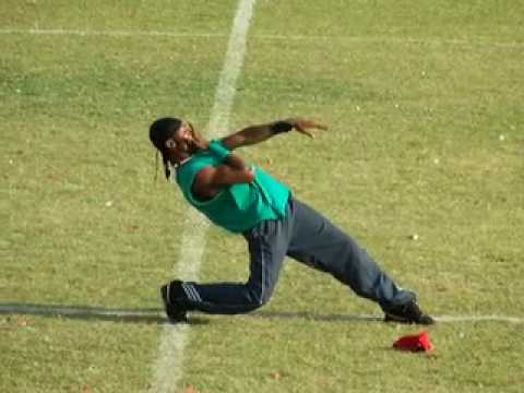 Haitian Kompa Breakdance Popping by Robot Scorpion Video