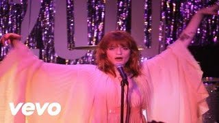 Клип Florence & The Machine - Cosmic Love (live)