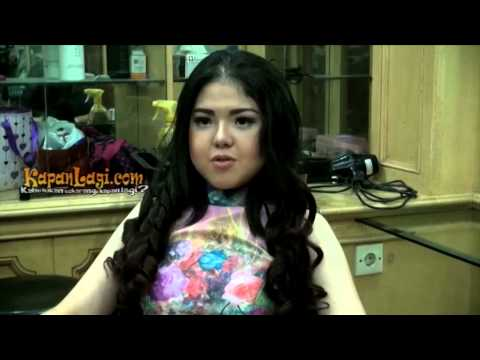 Yuk, Meni-pedi Di Salon Bersama Tina Toon video