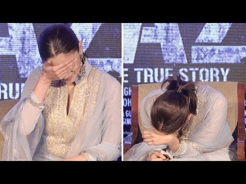 Alia Bhatt's Funny Moments At The Song Launch Of RAAZI thumbnail