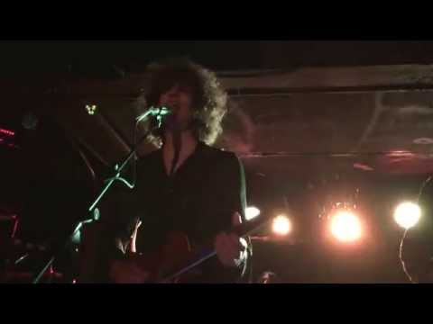Temples: The Golden Throne (5-30-15 Live at Subterranean)