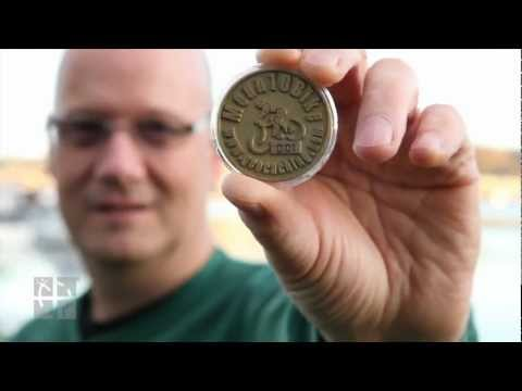 What are Geocaching Trackables?