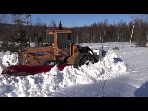 Jonas plogar snö 1