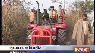 Watch Tiger hunt in Bijnor, Part 1