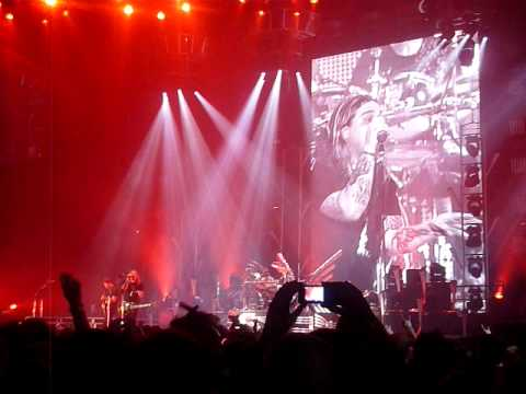 Nickelback & Black Stone Cherry - Highway to Hell (AC/DC Cover) Live in Manchester 22-05-09