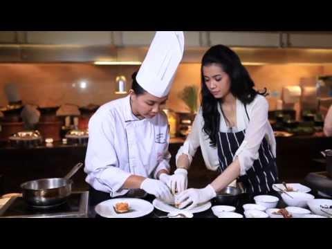Today Recipe - Balinese Chicken Salad by Hotel Indonesia Kempinski Jakarta