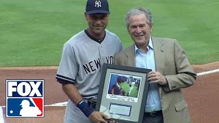 George W. Bush gives Derek Jeter a signed photo