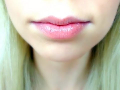 How To Keep Soft Lips This Winter