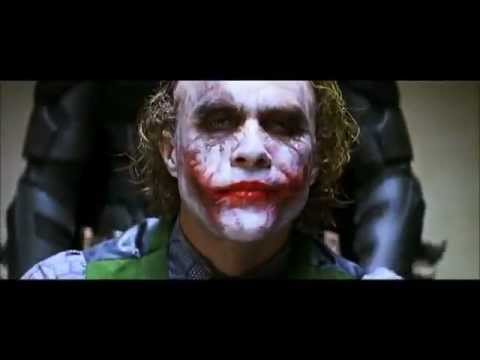 Batman interroga Joker - Il Cavaliere Oscuro