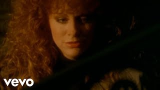Клип Reba McEntire - Rumor Has It