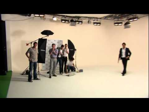 Amazing Roger Federer trickshot on Gillette ad shoot Video