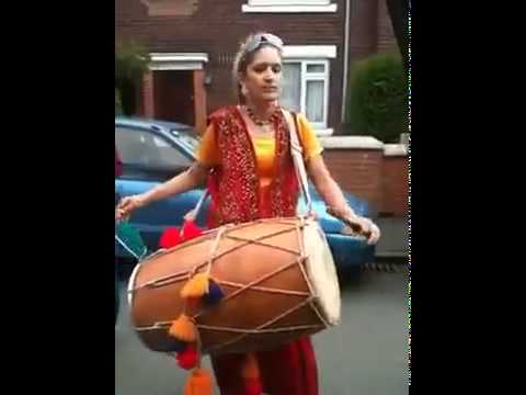 Pakistan Funny Punjabi Girl With Dhool In Uk Aunti Taj On Rihana Rude Boy Song video