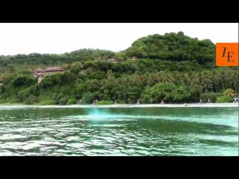 Luxury hotel video review, Amankila, Bali, Indonesia