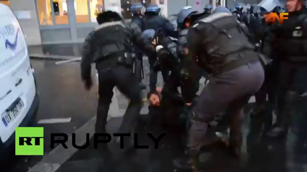 Police crack down on pro-Kurdish demo after clashes grip Paris