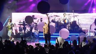 Download Lagu Imagine Dragons performing On Top of the World and Believer 6/17/18 Gratis STAFABAND