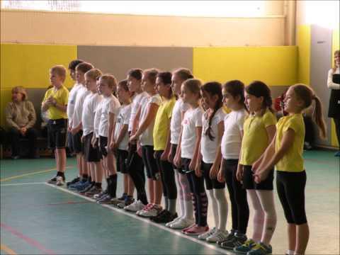 Уроки физкультуры в школе - видео