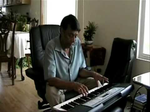 Hemant Plays Chup Gaye Sare Nazare On Keyboard video