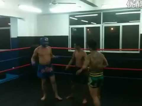 Muay Thai vs Street Fighter