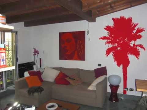 Grigio e rosso che colore esce