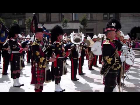 Pipers Playing Auld Lang Syne Mini Military Tattoo City Square Dundee Scotland