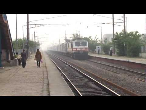 Kanpur Shatabdi Express With Wap-5 video