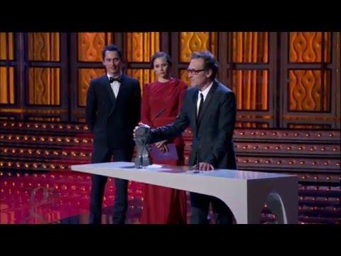 Alberto Iglesias gana el Goya por la banda sonora de La piel que habito