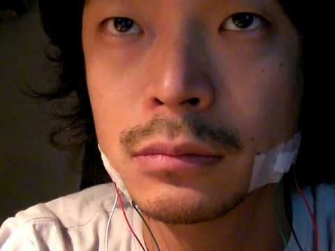 myoelectric sensor on my face -test 0  (Daito Manabe)