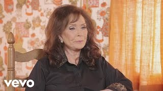 Loretta Lynn - Meeting Willie Nelson