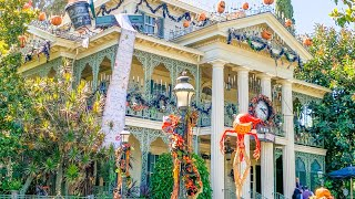 [4K] NEW Haunted Mansion Holiday 2019 POV at Disneyland Park! | Halloween Time