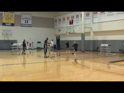 Stephen Curry Practices For The 3-Point Shootout - 2/9/10