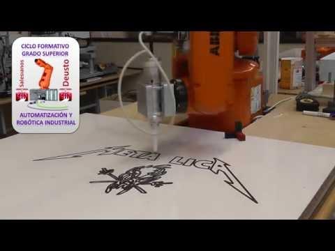 ROBOT DIBUJANDO METALLICA