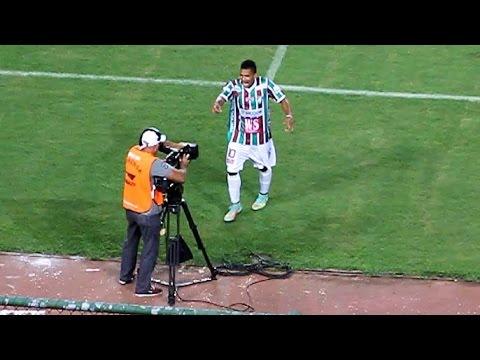 Fluminense de Feira 1 X 0 Vitória. Gol de Fernando