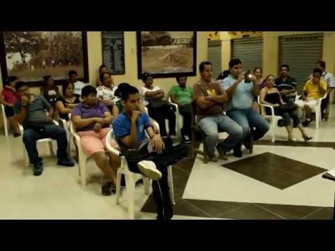 Reunión de trabajo en Pasaje Comercial San Cayetano