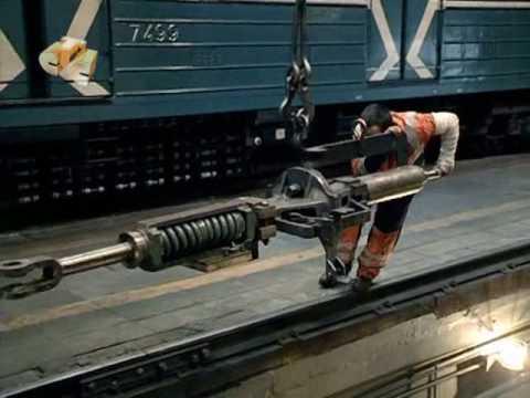 Куда уходят поезда метро...