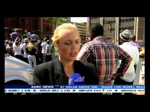 Oscar Pistorius bail extended, Chriselda Lewis reports