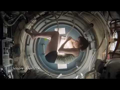 Sandra Bullock - Gravity- The best scene-