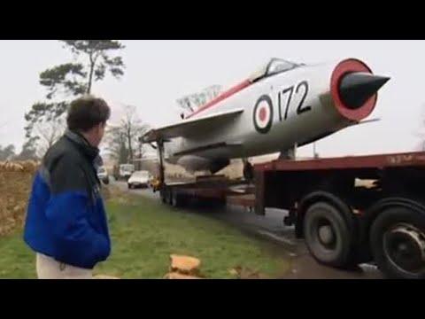 Jeremy's jet fighter garden feature - Speed - BBC