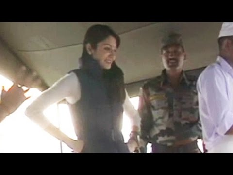 Best Of Jai Jawan: Anushka Sharma In The Army Kitchen video