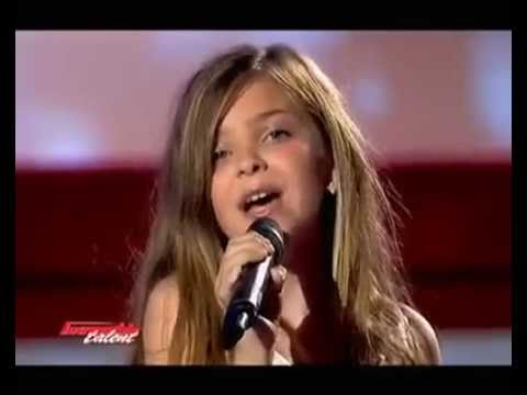 The Little Girl Sings Like A Pro video
