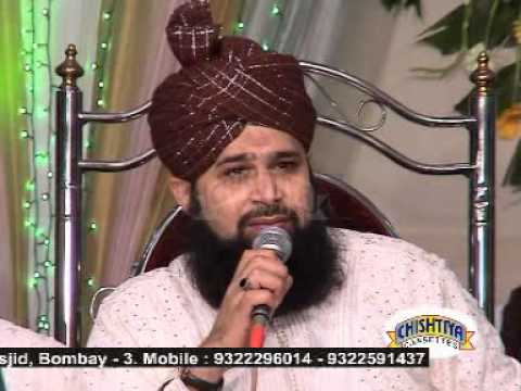 Be Khud Kiye Dete Hain Must Watch - Owais Raza Qadri - Mehfil E Naat India Haji Ali 2005 video