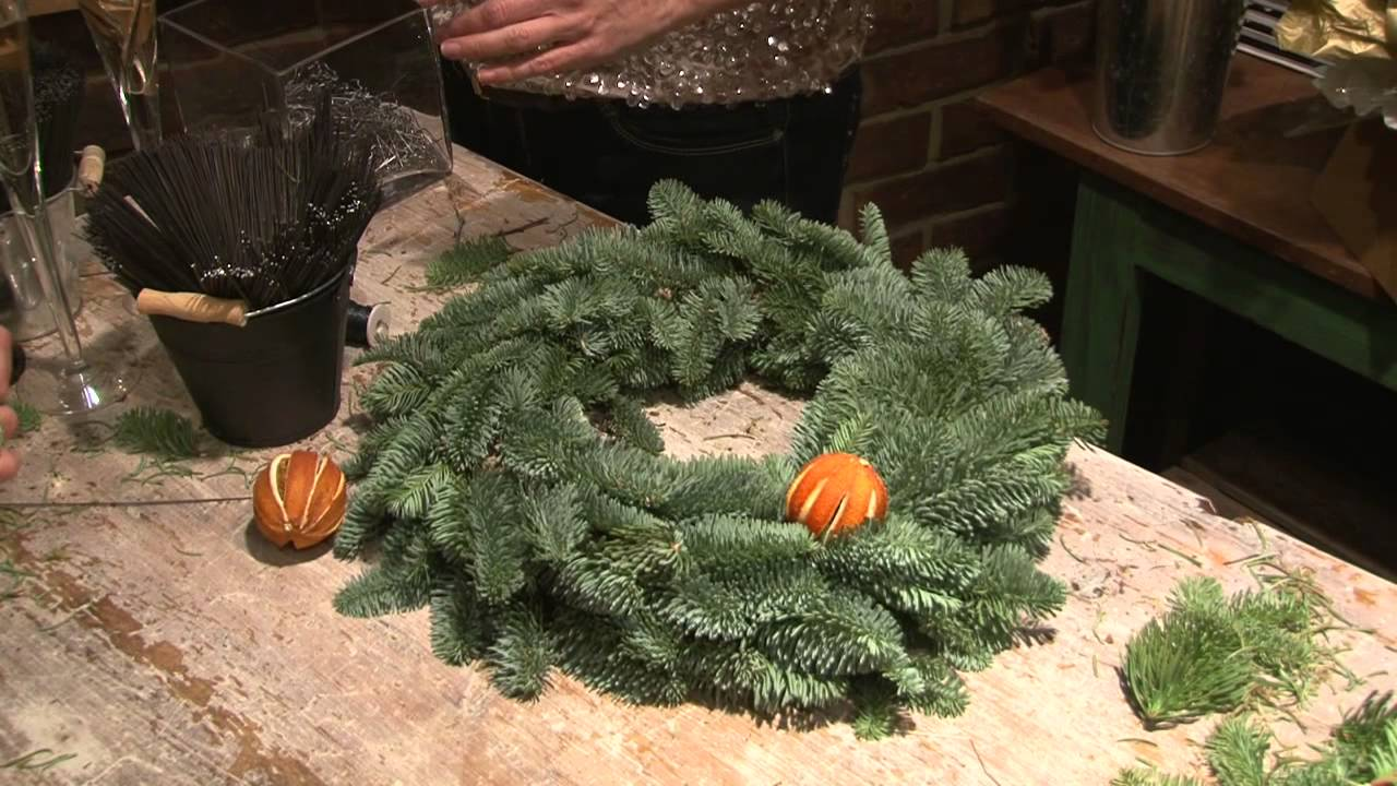 How to make a christmas wreath youtube for How to make christmas door wreaths