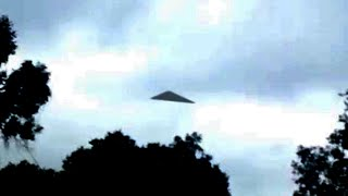 Breathtaking UFO Video | Black Triangle UFO Caught on Camera | Real UFO Sightings 2016