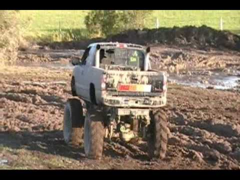 Free Style Big Big 4x4 Trucks Mudding Scott R Barnyard Boggers Video