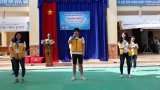 Sinh viên Hàn Quốc hát tặng học sinh Việt Nam